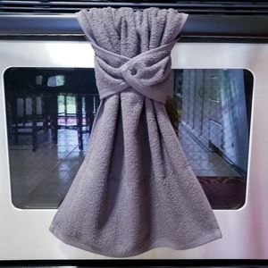 🌈2/$22🌈#922-CS ONE Gray Snap-on HAND Towel